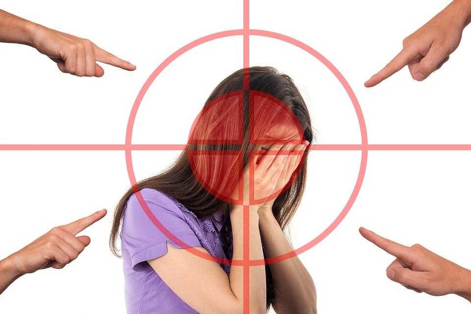 ¿Qué hacer si te paraliza el miedo, por pensar que dirán o pensarán las otras personas de ti?